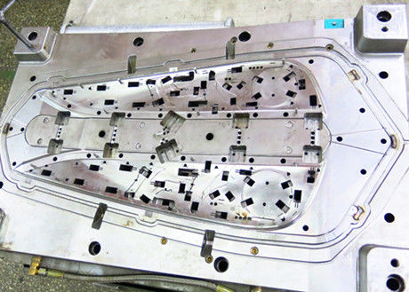 Plastic injection mold with PP material, the parts used in the Automobile field.